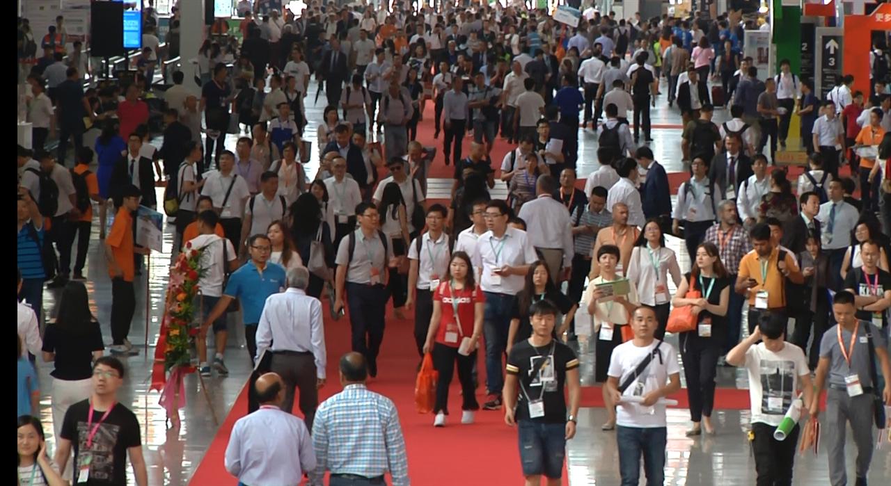 走进2017国际橡塑展 中国塑料機械網全程跟踪